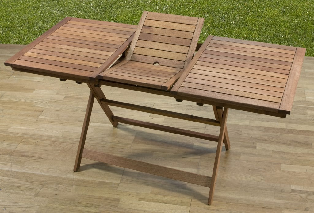 Tavolo pieghevole con prolunga in legno meranti cm 120 160x70x73h arredo casa giardino for Tavolo in legno pieghevole