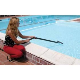 Aspiratore Lavor Mod. Swimmy motore 1.600 W - profondità di pulizia 1.2 m - serbatoio 35 l - giardino piscina
