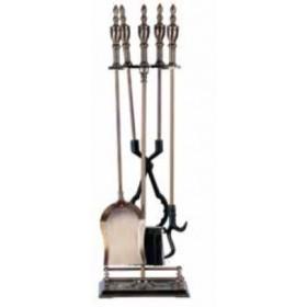 Set camino Mod. Osvaldo in ferro ottonato anticato composto da 4 attrezzi e supporto altezza cm. 78