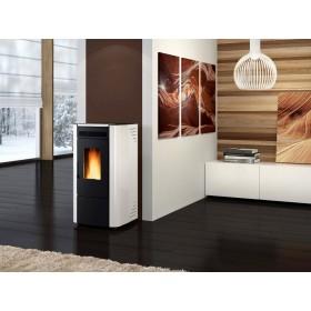 Stufa a pellet Nordica Mod. Ketty bianca 2.4-6.3 kW 180 m³ - riscaldamento casa arredo interni